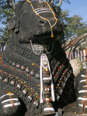 Nandi Bull Statue, Chamundi Hills, Karnataka, India by Occidor Ltd