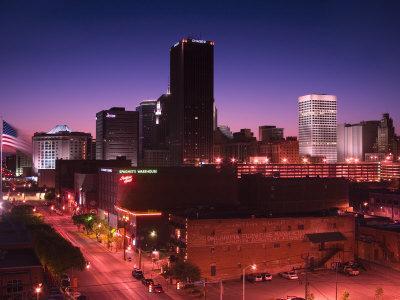 https://imgc.allpostersimages.com/img/posters/oklahoma-city-skyline-from-bricktown-district_u-L-P5Y2C10.jpg?p=0