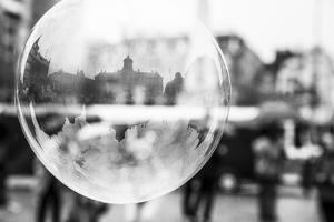 The Netherlands, Holland, Amsterdam, Dam, bursting bubble with reflexion by olbor