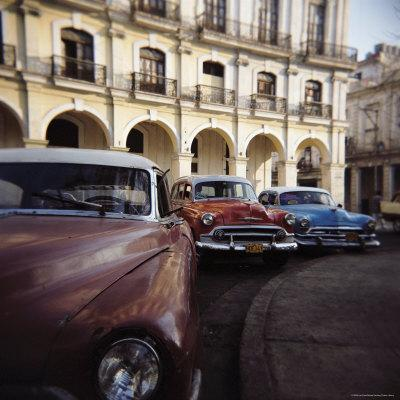 https://imgc.allpostersimages.com/img/posters/old-american-cars-operating-as-private-taxis-havana-cuba-west-indies-central-america_u-L-P2QT1X0.jpg?p=0