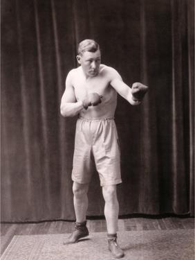 Old Bare-Knuckle Fighter