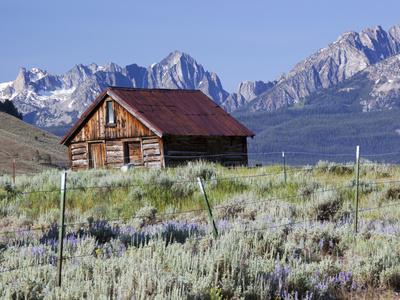 https://imgc.allpostersimages.com/img/posters/old-barn-sawtooth-national-recreation-area-idaho-usa_u-L-PHADRX0.jpg?p=0