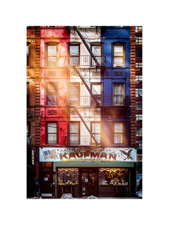 https://imgc.allpostersimages.com/img/posters/old-building-facade-in-the-colors-of-the-american-flag-in-times-square-manhattan-nyc_u-L-PZ58WL0.jpg?p=0