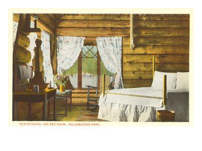 https://imgc.allpostersimages.com/img/posters/old-faithful-inn-yellowstone-par-montana_u-L-PFAOE50.jpg?p=0