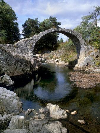 https://imgc.allpostersimages.com/img/posters/old-packhorse-bridge-over-river-dulnain-built-1707-carrbridge-cairngorms-national-park-scotland_u-L-P7LSA80.jpg?p=0