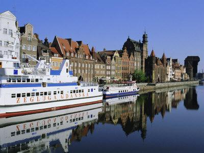 https://imgc.allpostersimages.com/img/posters/old-port-and-long-quay-gdansk-poland_u-L-P2KA7F0.jpg?p=0