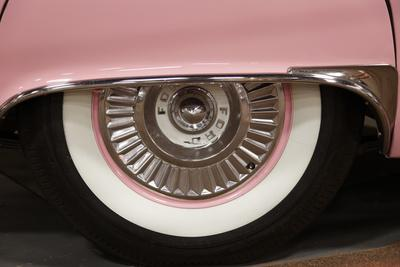 https://imgc.allpostersimages.com/img/posters/old-school-white-tire-on-a-pink-car-endee-new-mexico_u-L-PN6MC20.jpg?p=0