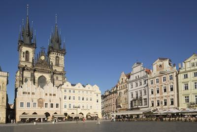 https://imgc.allpostersimages.com/img/posters/old-town-square-staromestske-namesti-and-tyn-cathedral-church-of-our-lady-before-tyn_u-L-PQ8NQN0.jpg?p=0