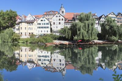 https://imgc.allpostersimages.com/img/posters/old-town-with-holderlinturm-tower-and-stiftskirche-church-reflecting-in-the-neckar-river_u-L-PQ8QFN0.jpg?p=0