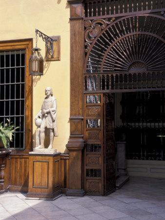 https://imgc.allpostersimages.com/img/posters/oldest-home-in-americas-to-be-continuously-inhabited-las-casa-aliaga-lima-peru_u-L-P2TZ5Y0.jpg?artPerspective=n