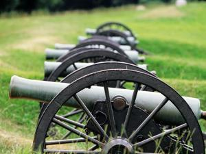 Cannons at Vicksburg National Military Park, Vicksburg, U.S.A. by Oliver Strewe