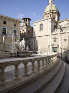 Fontana Pretoria, Palermo, Sicily, Italy, Europe by Olivieri Oliviero