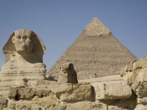 Sphinx and the Pyramid of Cheops, Giza, UNESCO World Heritage Site, Near Cairo, Egypt by Olivieri Oliviero