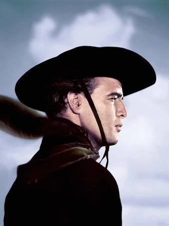 https://imgc.allpostersimages.com/img/posters/one-eyed-jacks-1961-directed-by-marlon-brando-marlon-brando-photo_u-L-Q1C1A2W0.jpg?artPerspective=n