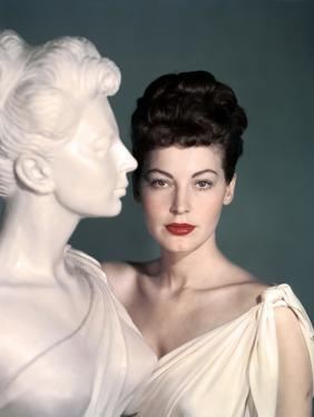 ONE TOUCH OF VENUS, 1948 directed by WILLIAM A. SEITER Ava Gardner (photo)