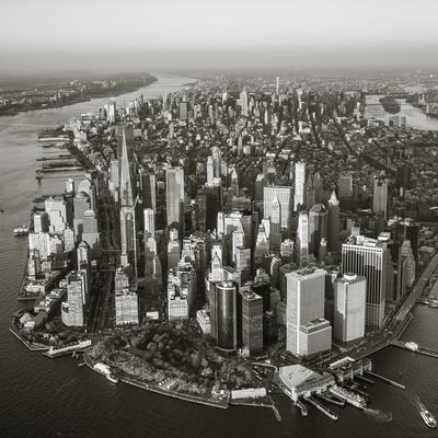 https://imgc.allpostersimages.com/img/posters/one-world-trade-center-and-lower-manhattan-new-york-city-new-york-usa_u-L-Q12SXRO0.jpg?p=0