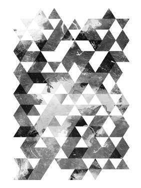 Black And White Triangles Mate by OnRei