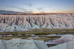 Scenic Sunset View of the South Dakota Badlands by oocoskun