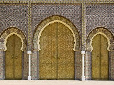 https://imgc.allpostersimages.com/img/posters/ornate-doorway-at-the-royal-palace-fez-morocco-north-africa-africa_u-L-P91RQ70.jpg?p=0