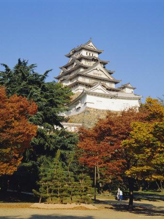 https://imgc.allpostersimages.com/img/posters/osaka-castle-osaka-japan_u-L-P1TAXG0.jpg?p=0