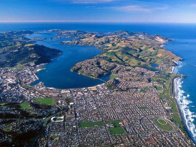 https://imgc.allpostersimages.com/img/posters/otago-harbor-and-otago-peninsula-dunedin-city-new-zealand_u-L-P2TDUI0.jpg?p=0