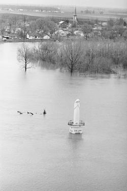 Our Lady of the Rivers Statue in the Mississippi River
