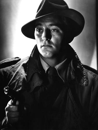 https://imgc.allpostersimages.com/img/posters/out-of-the-past-1947-directed-by-jacques-tourneur-robert-mitchum-b-w-photo_u-L-Q1C1F6F0.jpg?artPerspective=n