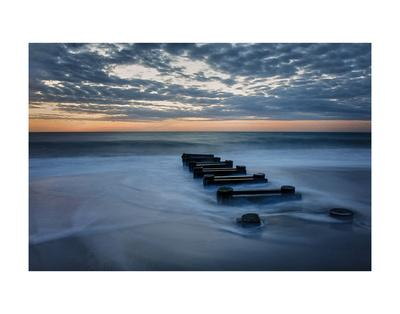 https://imgc.allpostersimages.com/img/posters/outfall-at-sunrise-4_u-L-F8SE960.jpg?p=0