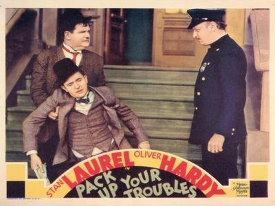 https://imgc.allpostersimages.com/img/posters/pack-up-your-troubles-1932_u-L-P98BO40.jpg?artPerspective=n