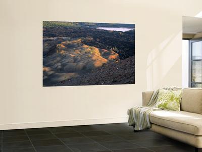 https://imgc.allpostersimages.com/img/posters/painted-dunes-lava-beds-lassen-volcanic-national-park-california-usa_u-L-PFGIIH0.jpg?p=0