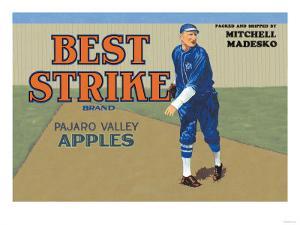 Pajaro Valley Apples: Best Strike Brand