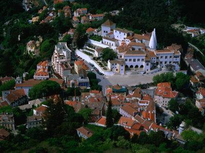 https://imgc.allpostersimages.com/img/posters/palacio-nacional-from-castelo-dos-mouros-sintra-portugal_u-L-P4CICD0.jpg?p=0