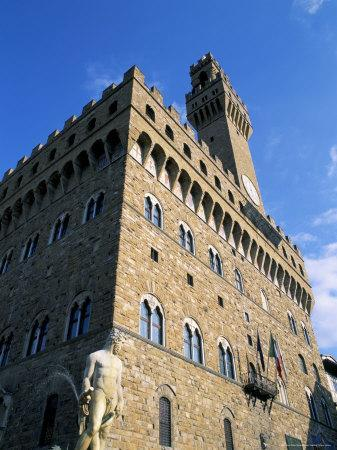 https://imgc.allpostersimages.com/img/posters/palazzo-vecchio-florence-tuscany-italy_u-L-P1JQ0B0.jpg?artPerspective=n