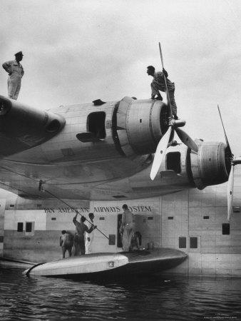 https://imgc.allpostersimages.com/img/posters/pan-am-clipper-seaplane_u-L-P3OMAX0.jpg?p=0