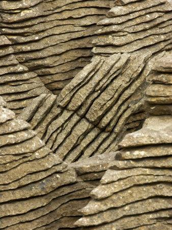 https://imgc.allpostersimages.com/img/posters/pancake-rocks-punakaiki-paparoa-national-park-west-coast-south-island-new-zealand_u-L-P2TCGE0.jpg?p=0