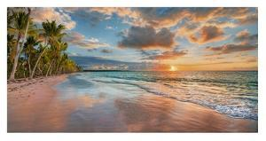 Beach in Maui, Hawaii, at sunset by Pangea Images