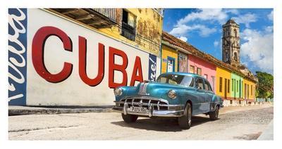 Vintage car and mural, Cuba