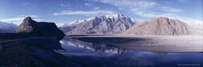https://imgc.allpostersimages.com/img/posters/panorama-of-mountains-reflected-in-the-water-of-the-indus-river-skardu-baltistan-pakistan-asia_u-L-P2QVE10.jpg?p=0