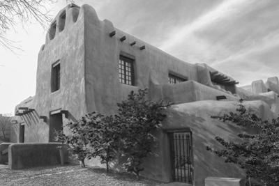 Low angle view of a museum, New Mexico Museum of Art, Santa Fe, New Mexico, USA by Panoramic Images