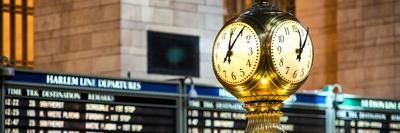 https://imgc.allpostersimages.com/img/posters/panoramic-view-grand-central-terminal-s-four-sided-seth-thomas-clock-manhattan-new-york_u-L-PZ58XE0.jpg?p=0