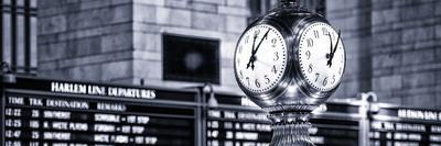 https://imgc.allpostersimages.com/img/posters/panoramic-view-grand-central-terminal-s-four-sided-seth-thomas-clock-manhattan-new-york_u-L-PZ59JV0.jpg?p=0