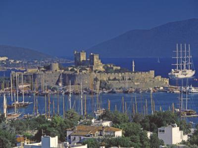 Castle of St. Peter and Yachts Moored in Harbour, Bodrum, Anatolia, Turkey Minor, Eurasia