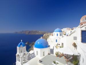 Oia, Santorini, Cyclades, Greek Islands, Greece, Europe by Papadopoulos Sakis