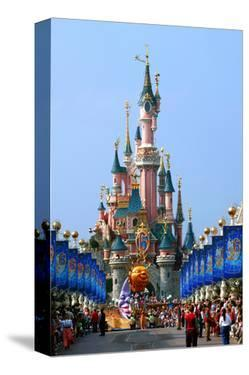 Parade in the Main Street U.S.A. with Castle of Sleeping Beauty, Disneyland Park Paris