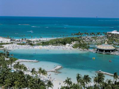 https://imgc.allpostersimages.com/img/posters/paradise-island-the-bahamas-atlantic-central-america_u-L-P1TBIL0.jpg?p=0