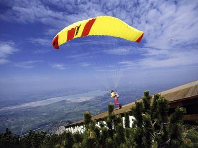 Paragliders Mount Tegelberg, West Germany