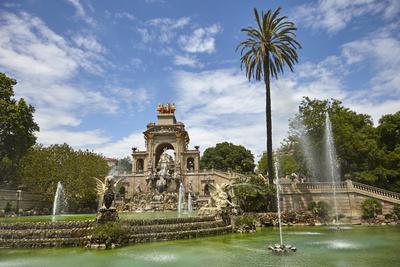 https://imgc.allpostersimages.com/img/posters/parc-de-la-ciutadella-barcelona-catalonia-spain_u-L-PWFLQK0.jpg?p=0