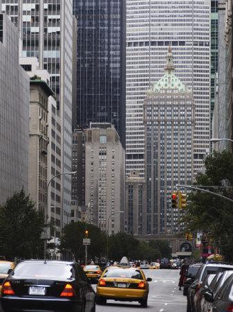 https://imgc.allpostersimages.com/img/posters/park-avenue-manhattan-new-york-city-new-york-usa_u-L-P1K9YK0.jpg?artPerspective=n
