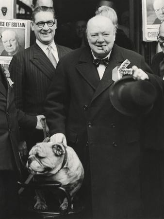 https://imgc.allpostersimages.com/img/posters/party-leader-winston-churchill-making-a-speech-outside-the-conservative-club-wanstead-england_u-L-Q10WWD50.jpg?p=0