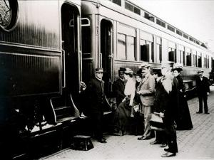 Passengers Boarding First Class Pullman Car of the Chicago, Burlington and Quincy Railroad, c.1910